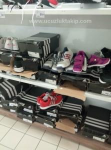 carrefoursa-adidas-nike-new balance-01